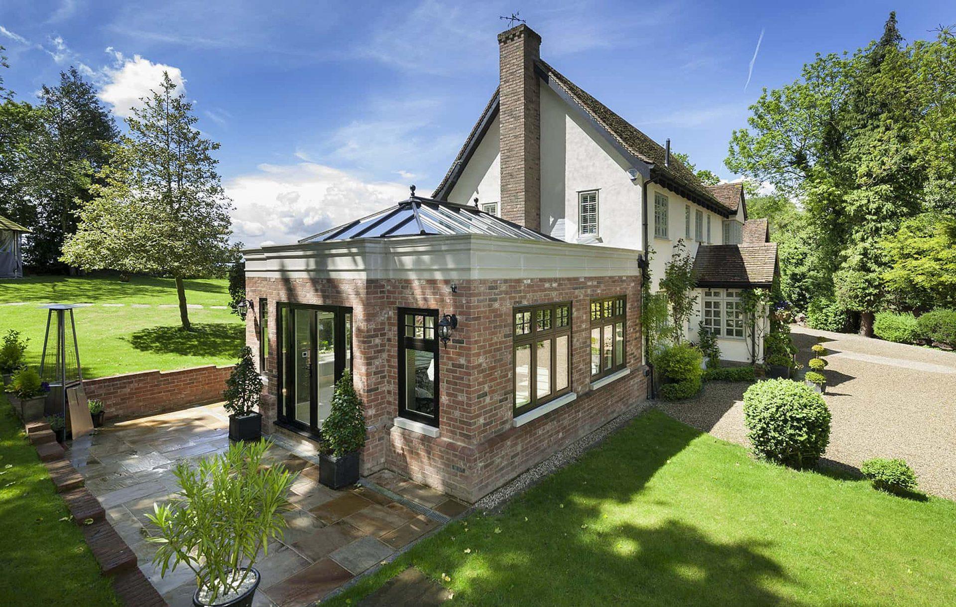 Residence 9 Windows and doors Installer in Basingstoke